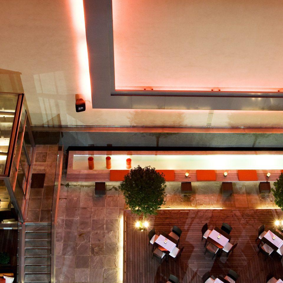 Bar Dining Drink Eat Luxury Modern Lobby restaurant Fireplace