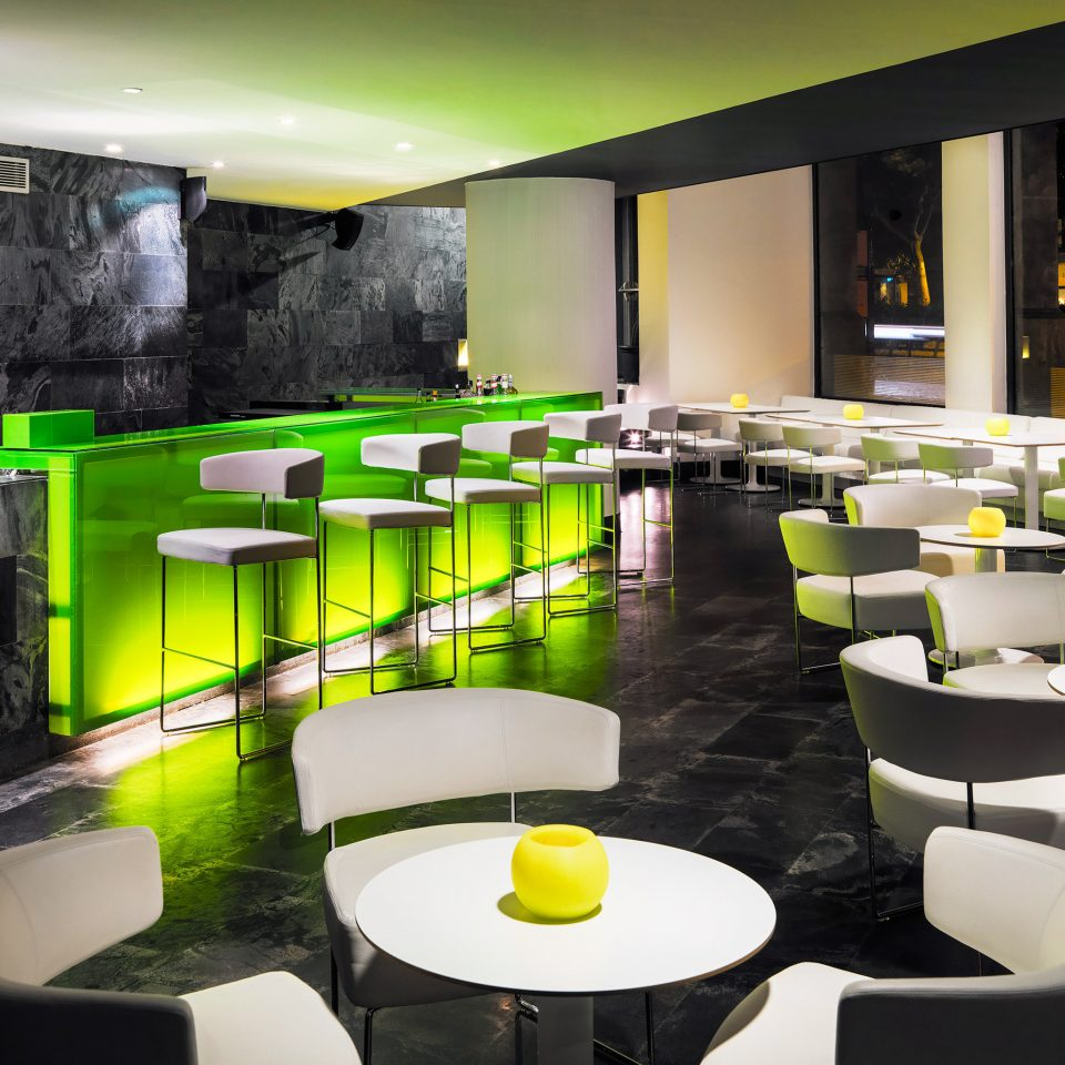 Bar Dining Drink Eat Family green restaurant lighting