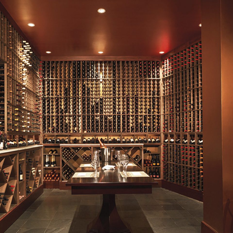 Bar Dining Drink Eat Elegant Wine-Tasting building Winery wine cellar Lobby basement