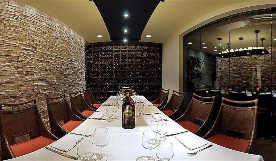 Bar Dining Drink Eat Elegant man made object restaurant Lobby function hall conference room dining table
