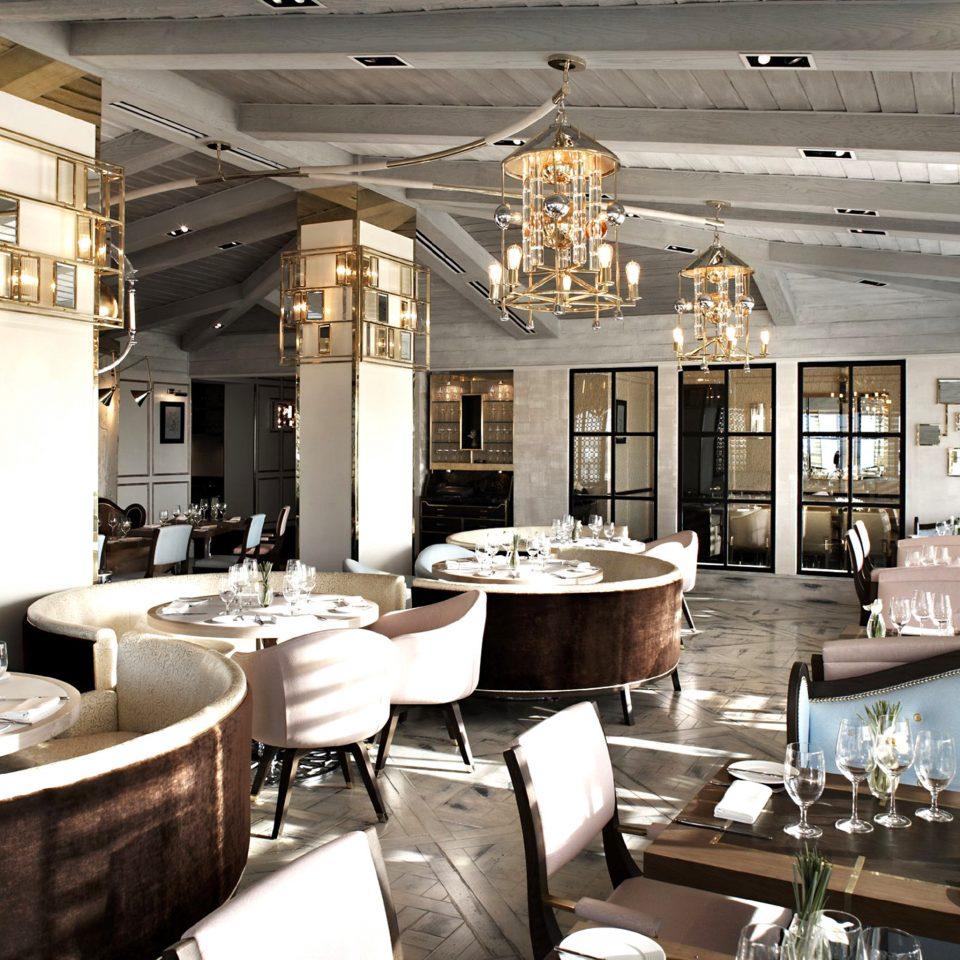 Bar Dining Drink Eat Luxury Modern restaurant function hall lighting mansion ballroom