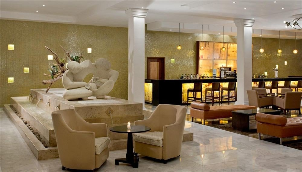 Bar Dining Drink Eat Hip Modern Lobby property living room restaurant Suite condominium