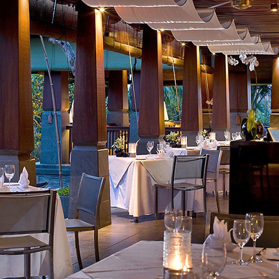 Bar Dining Drink Eat Elegant restaurant Resort function hall wedding wedding reception