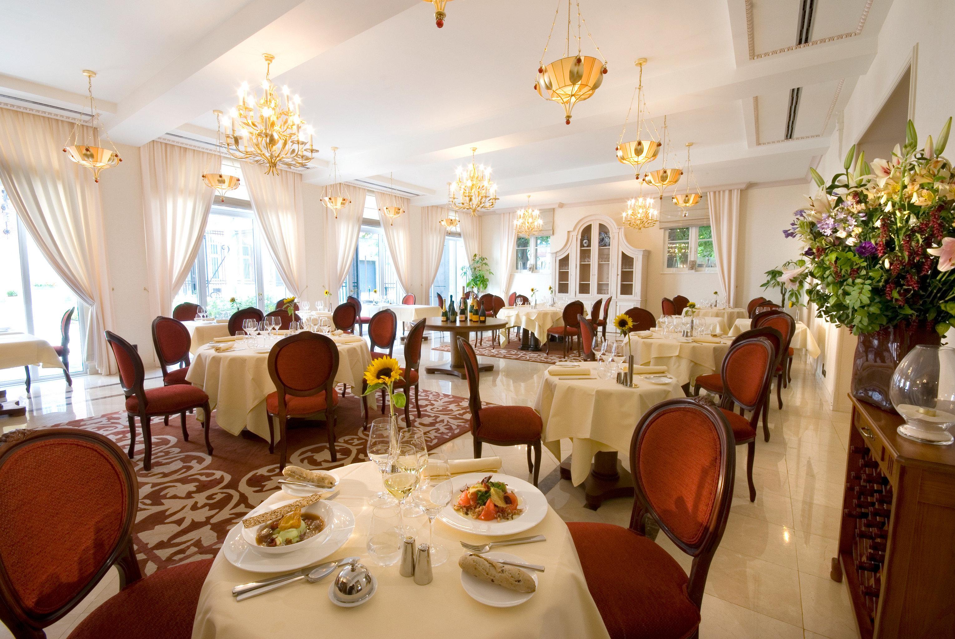 Bar Dining Drink Eat Elegant chair function hall restaurant ballroom Resort wedding reception