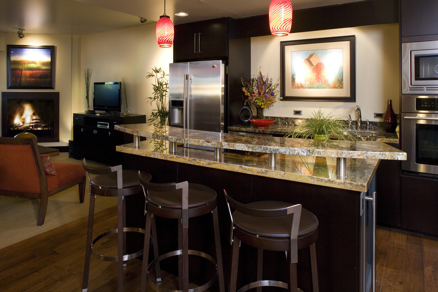 Bar Dining Drink Eat Luxury Modern property Kitchen home cabinetry countertop cuisine cottage living room Island
