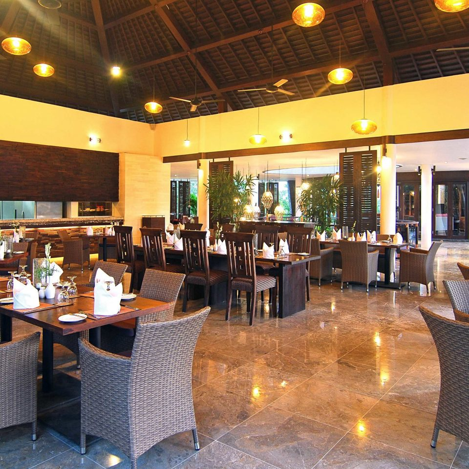 Dining Drink Eat restaurant Bar function hall Resort Lobby