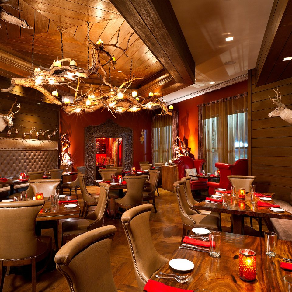 Dining Drink Eat Lounge Luxury Rustic restaurant function hall Bar cluttered