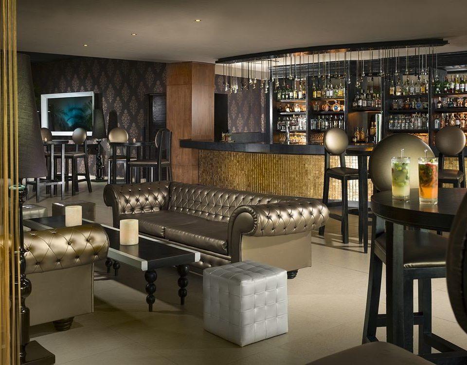 Bar Dining Drink Eat Hip Kitchen Lounge Luxury Modern property condominium living room home