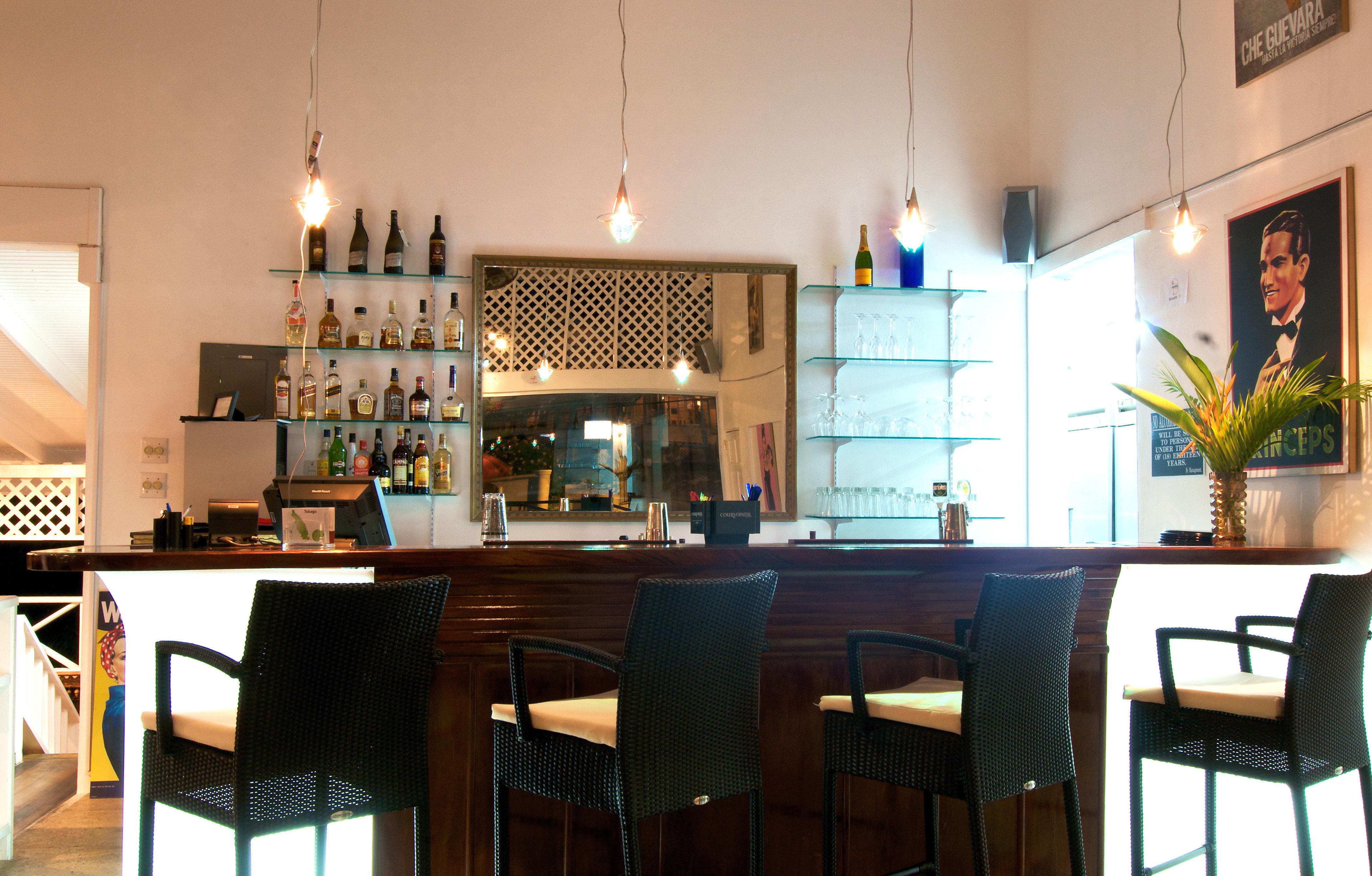 Bar Dining Drink Eat Hip Luxury Modern chair property restaurant home Kitchen cottage
