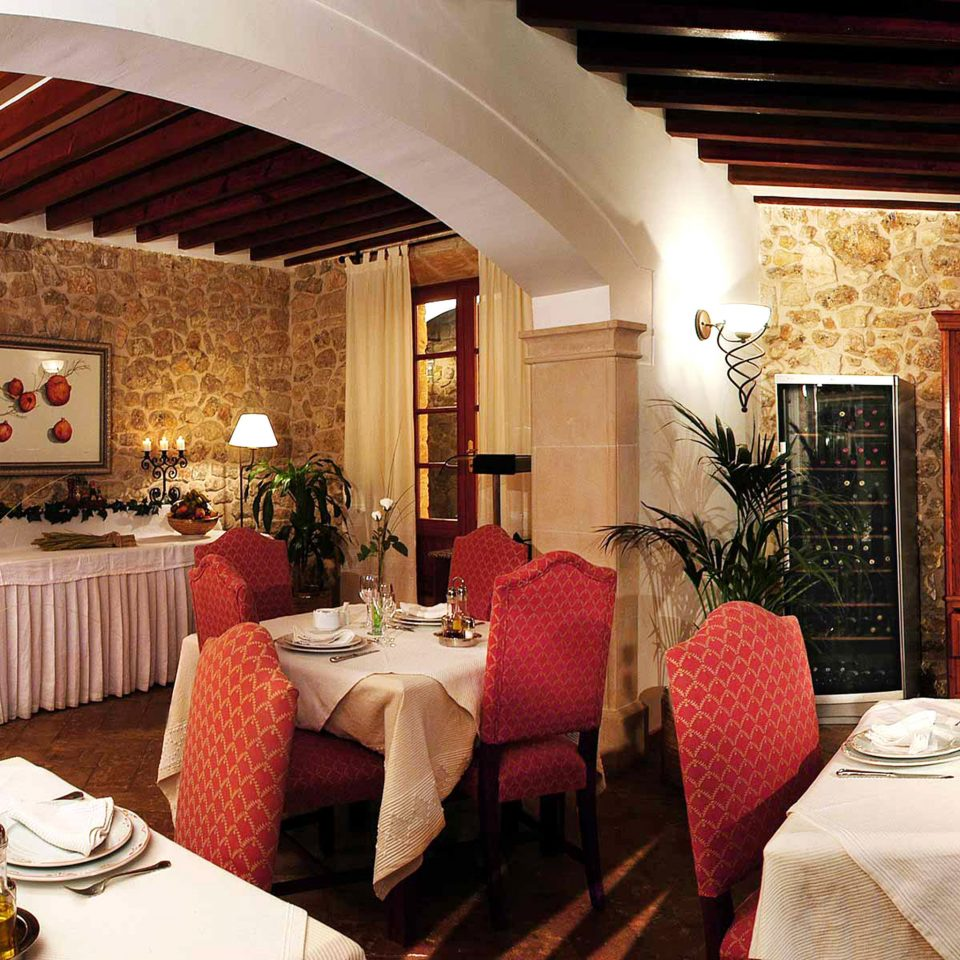 Bar Dining Drink Eat Luxury Rustic restaurant function hall red hacienda Villa Suite palace living room fancy