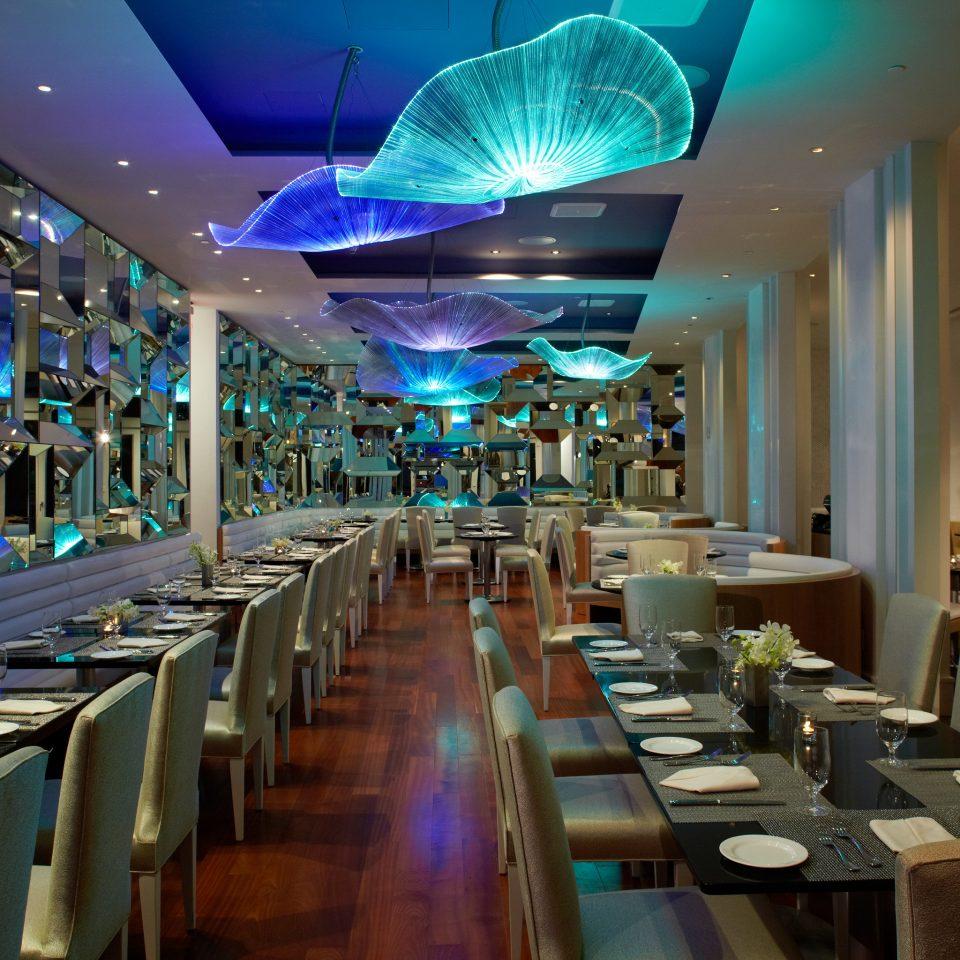 Bar Dining Drink Eat Hip Modern restaurant function hall food court