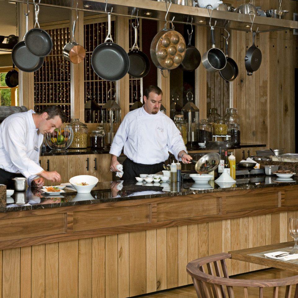 Bar Dining Drink Eat Luxury Kitchen counter preparing restaurant sense cooking