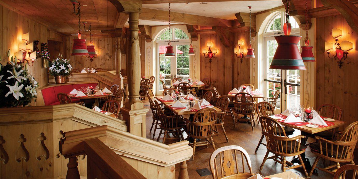 Dining Drink Eat Resort Rustic chair restaurant tavern Bar cluttered