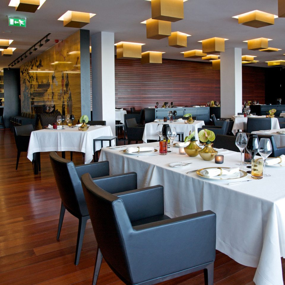 Dining Drink Eat Modern chair restaurant function hall cafeteria convention center brunch Bar