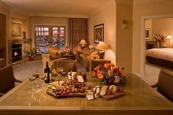 Bar Dining Drink Eat Hip Luxury living room home cottage set