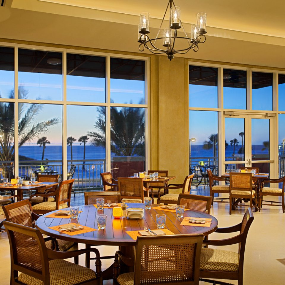 Bar Dining Drink Eat Scenic views chair restaurant home function hall Resort