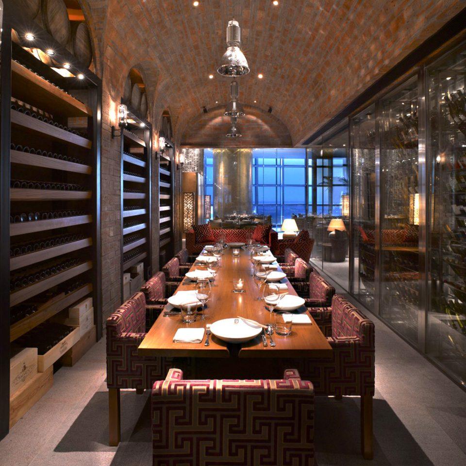Bar Dining Drink Eat Luxury Modern Lobby restaurant function hall Resort basement