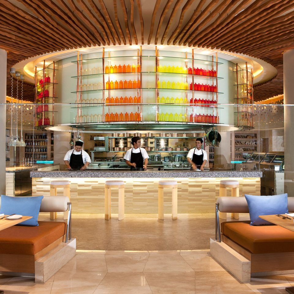 Bar Dining Drink Eat Modern Lobby plaza restaurant shopping mall convention center retail cafeteria