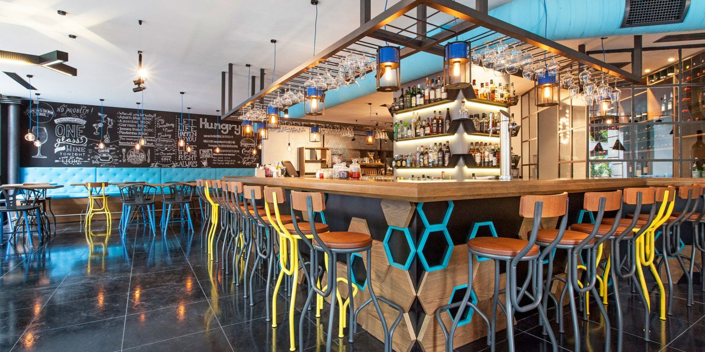 Bar Dining Drink Eat Hip Luxury chair scene Resort restaurant amusement park