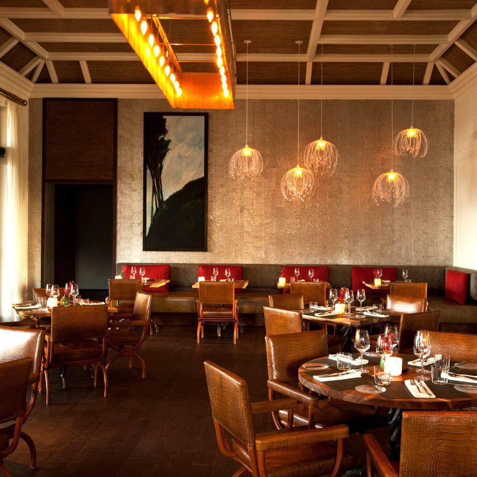 Dining Drink Eat Luxury Resort restaurant café Bar function hall dining table