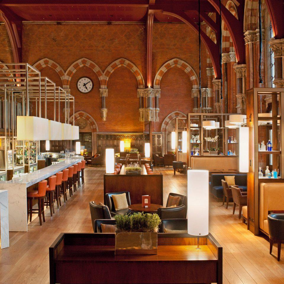 Bar Dining Drink Eat Hip Modern wooden restaurant
