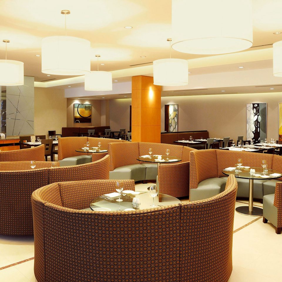 Dining Drink Eat Modern Resort property Lobby restaurant function hall Suite conference hall Bar living room