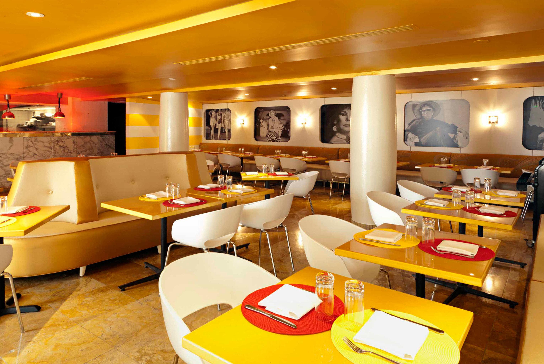 Bar Dining Drink Eat Hip Luxury Modern restaurant function hall fast food fast food restaurant conference hall café