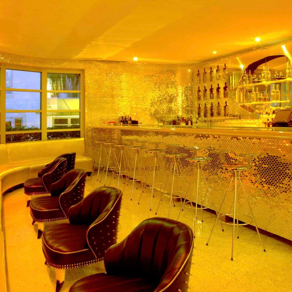Bar Dining Drink Eat Hip Luxury Modern restaurant Lobby function hall