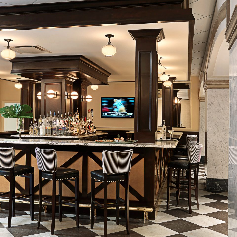 Bar Dining Drink Eat Elegant Historic Luxury property restaurant home Kitchen flooring mansion Lobby