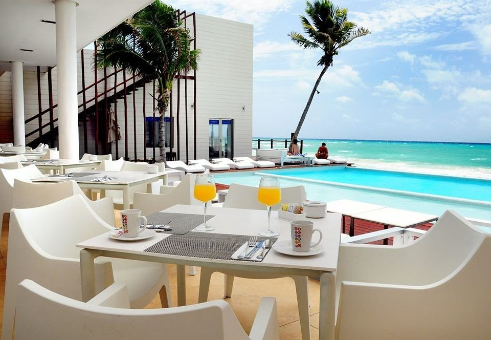 Bar Dining Drink Eat Hip Luxury Modern property leisure restaurant Resort home Villa condominium Island