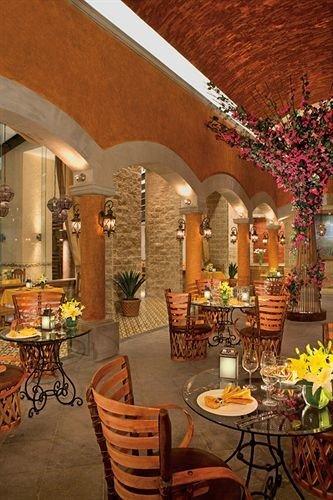 Bar Dining Drink Eat Elegant Hip Luxury Scenic views property lighting hacienda Lobby restaurant living room