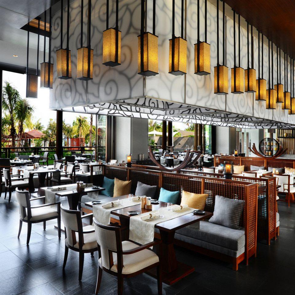 Bar Dining Drink Eat Family Resort restaurant café