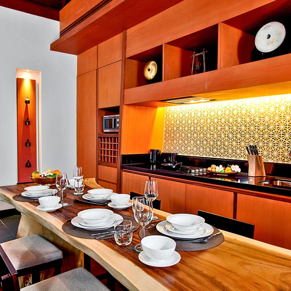 Dining Drink Eat Kitchen restaurant home counter Island Bar appliance