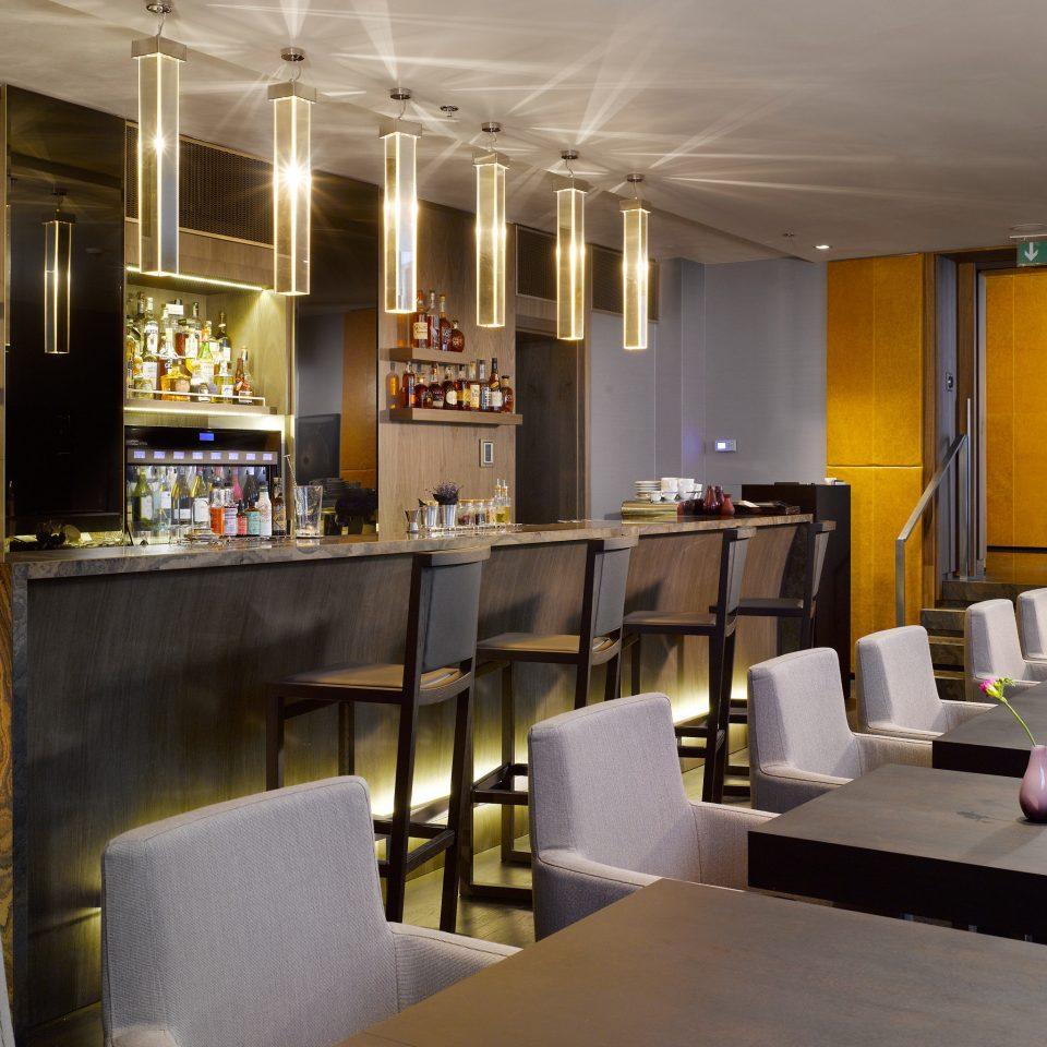 Bar Dining Drink Eat Hip Resort restaurant Lobby function hall café