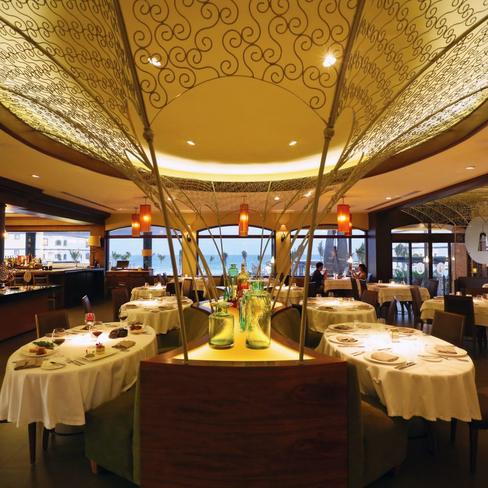 Bar Dining Drink Eat Luxury Modern Scenic views function hall restaurant ballroom Resort