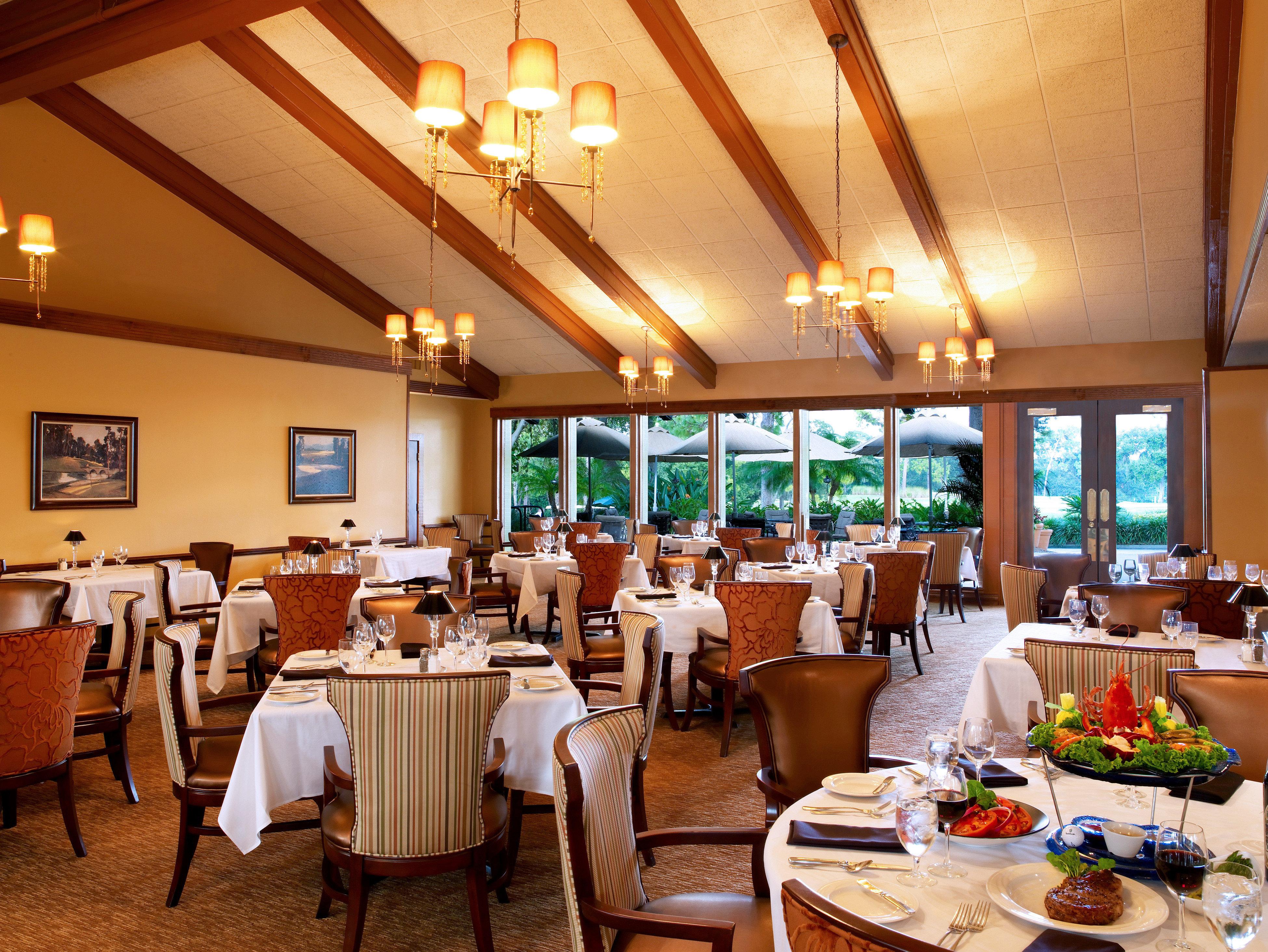 Bar Dining Drink Eat Elegant restaurant Resort function hall set