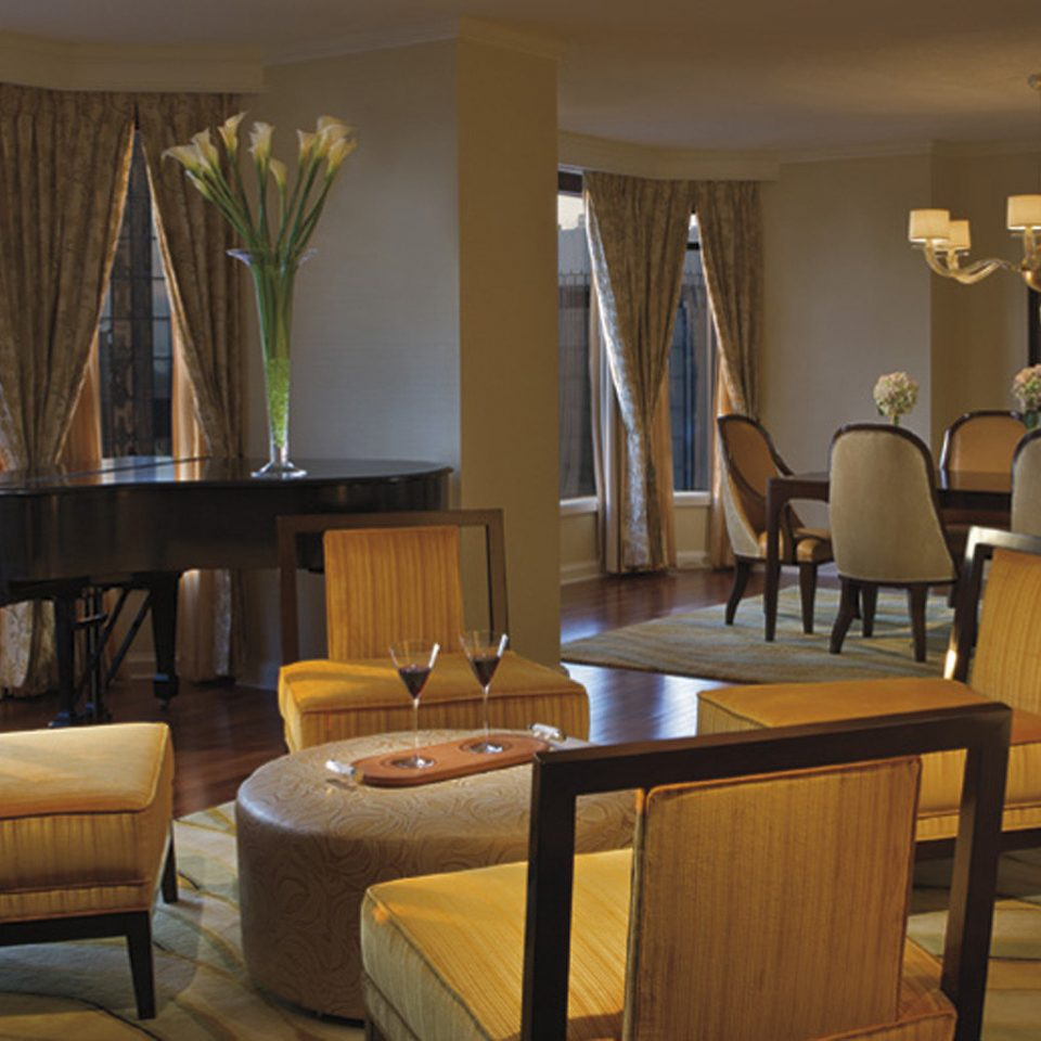 Bar Dining Drink Eat Luxury chair property living room Suite Resort home Lobby Villa condominium cottage dining table