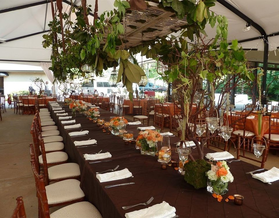 Bar Dining Drink Eat Hip restaurant floristry function hall flower lined