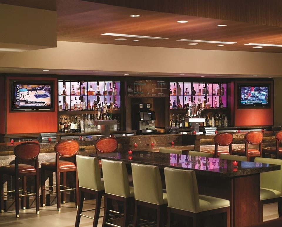 Bar Dining Drink Eat Luxury restaurant café recreation room function hall food court