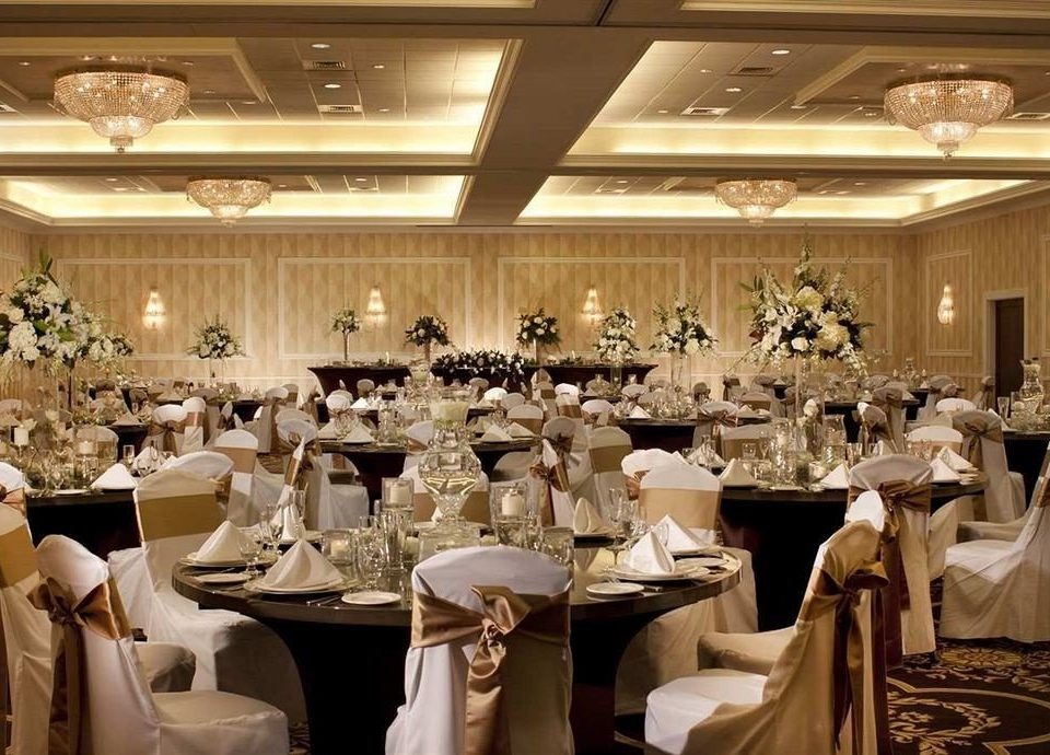 Bar Dining Drink Eat Elegant function hall banquet wedding ceremony ballroom wedding reception event restaurant dinner
