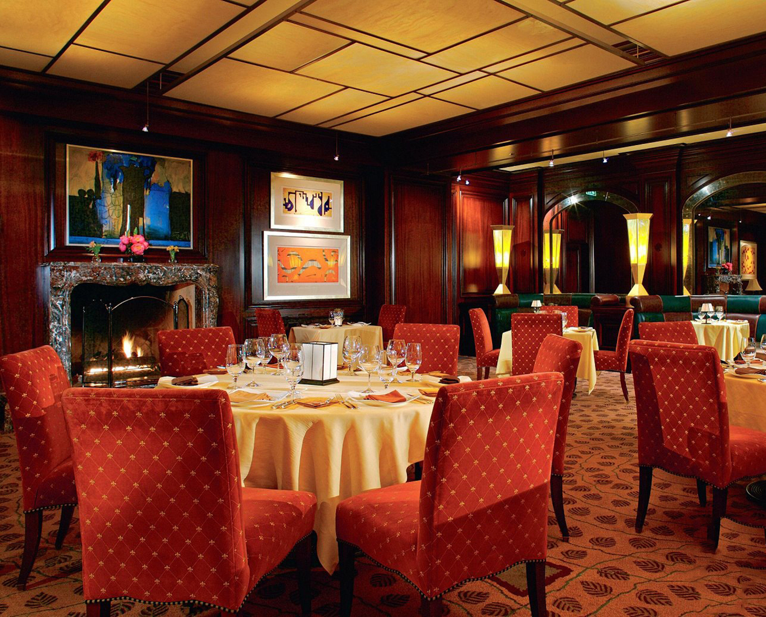 Dining Drink Eat Elegant Fireplace Luxury chair restaurant function hall Bar