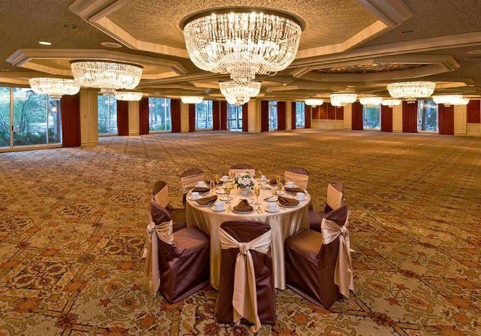 Bar Dining Drink Eat Elegant Luxury Romantic function hall banquet ballroom