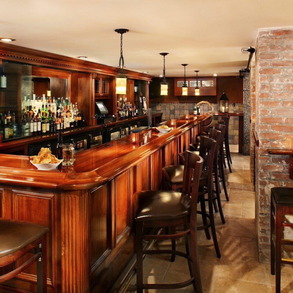 Bar Dining Drink Eat Elegant Historic property restaurant café dining table