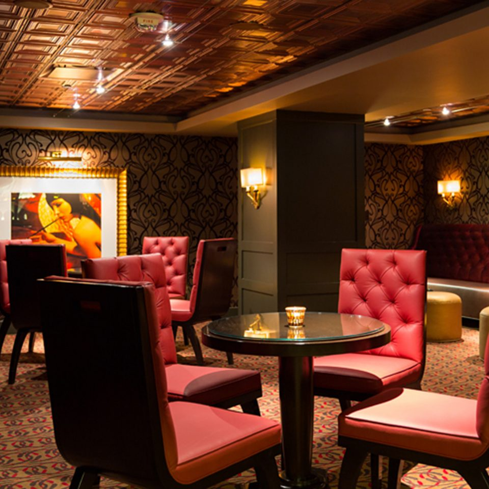 Dining Drink Eat Elegant Historic Lounge Luxury chair Lobby restaurant Bar Suite function hall
