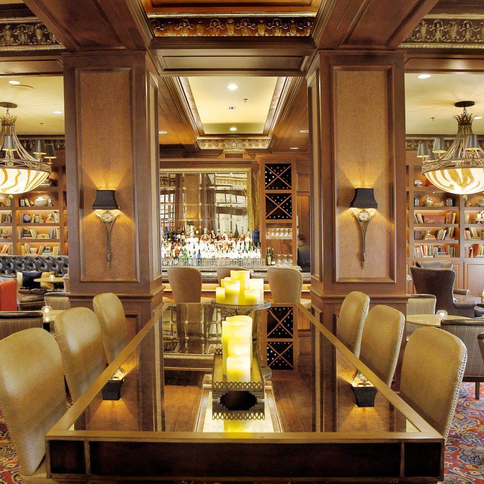 Bar Dining Drink Eat Elegant Historic Modern restaurant café Lobby