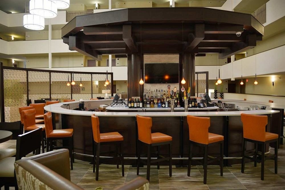 Bar Dining Drink Eat Lounge Luxury Modern chair restaurant function hall cafeteria Resort café cuisine set dining table