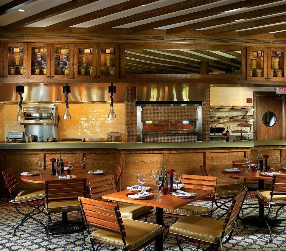Bar Dining Drink Eat Luxury Kitchen restaurant café recreation room cluttered