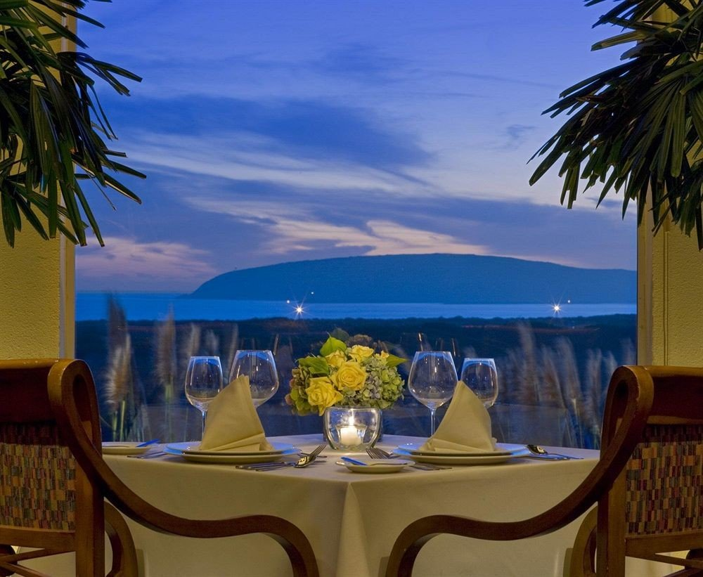 Bar Dining Drink Eat Scenic views tree chair property Resort palm plant caribbean restaurant Villa Pool dining table surrounded