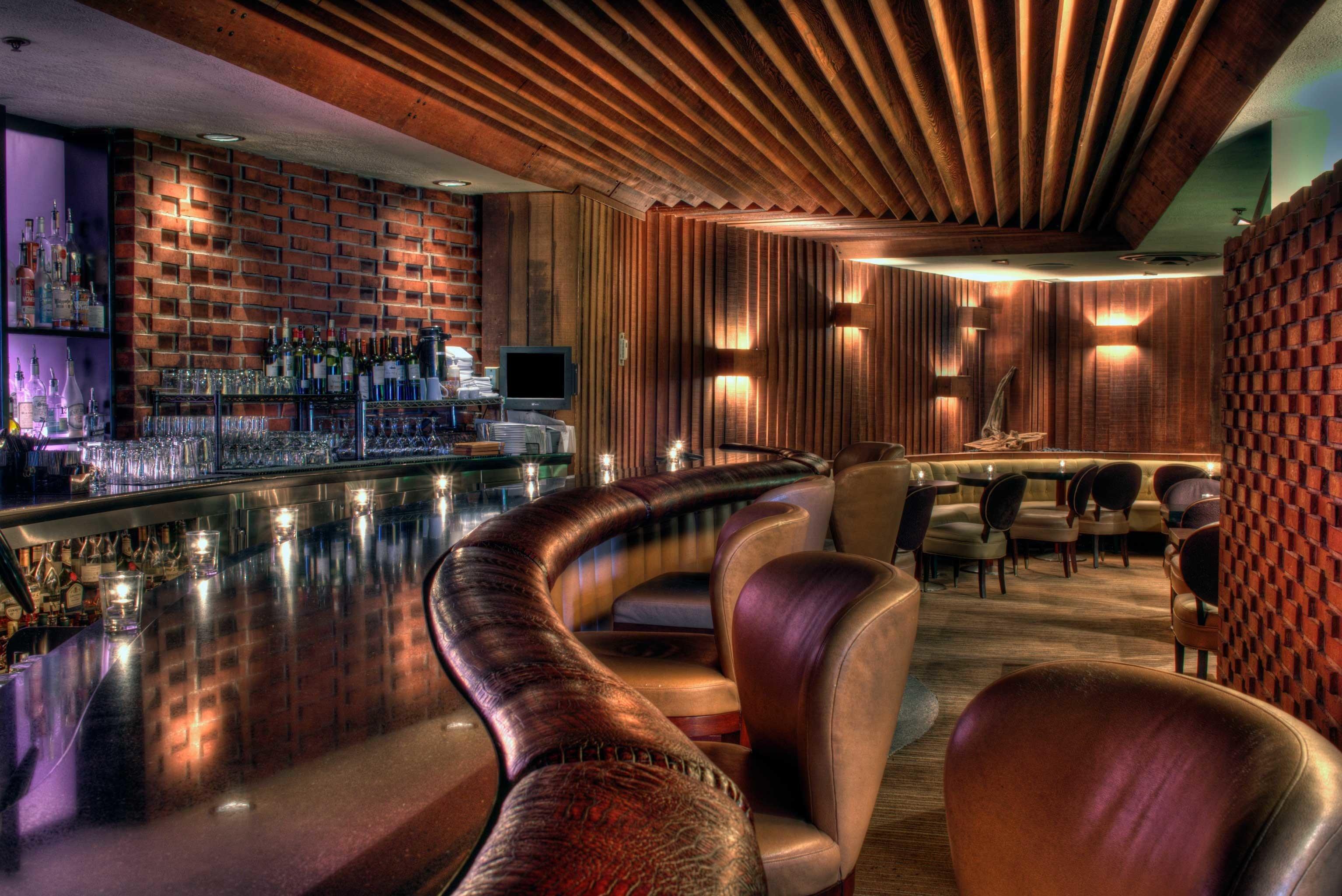 Bar Dining Drink Eat Elegant Historic Lounge Modern chair Lobby nightclub restaurant