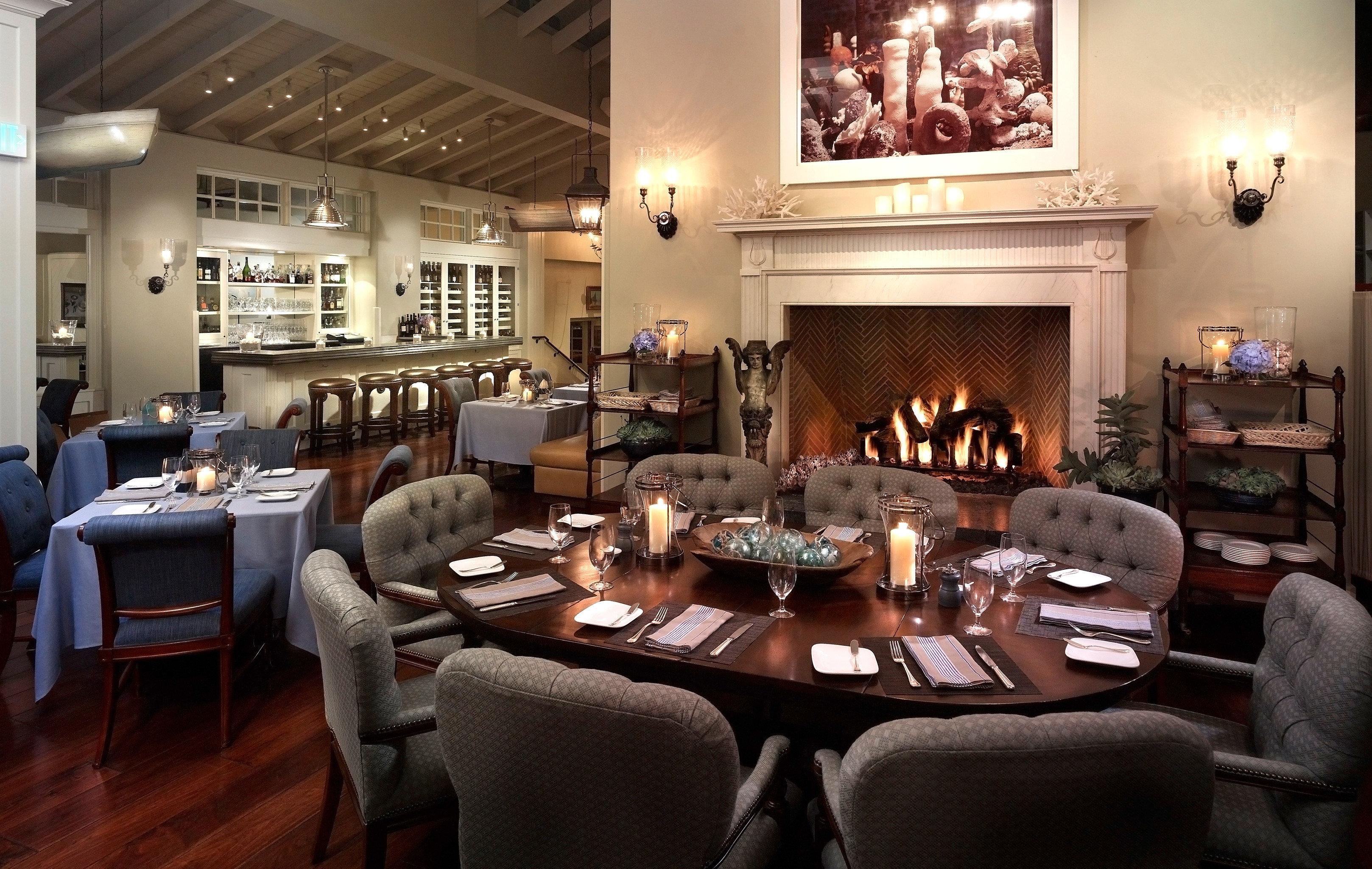 Bar Dining Drink Eat Luxury Modern property living room home restaurant